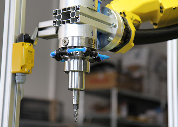 Pneumatic Spindles for Automated Deburring & Grinding