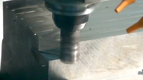 Helical Roughing Steel with a Square Shoulder End Mill